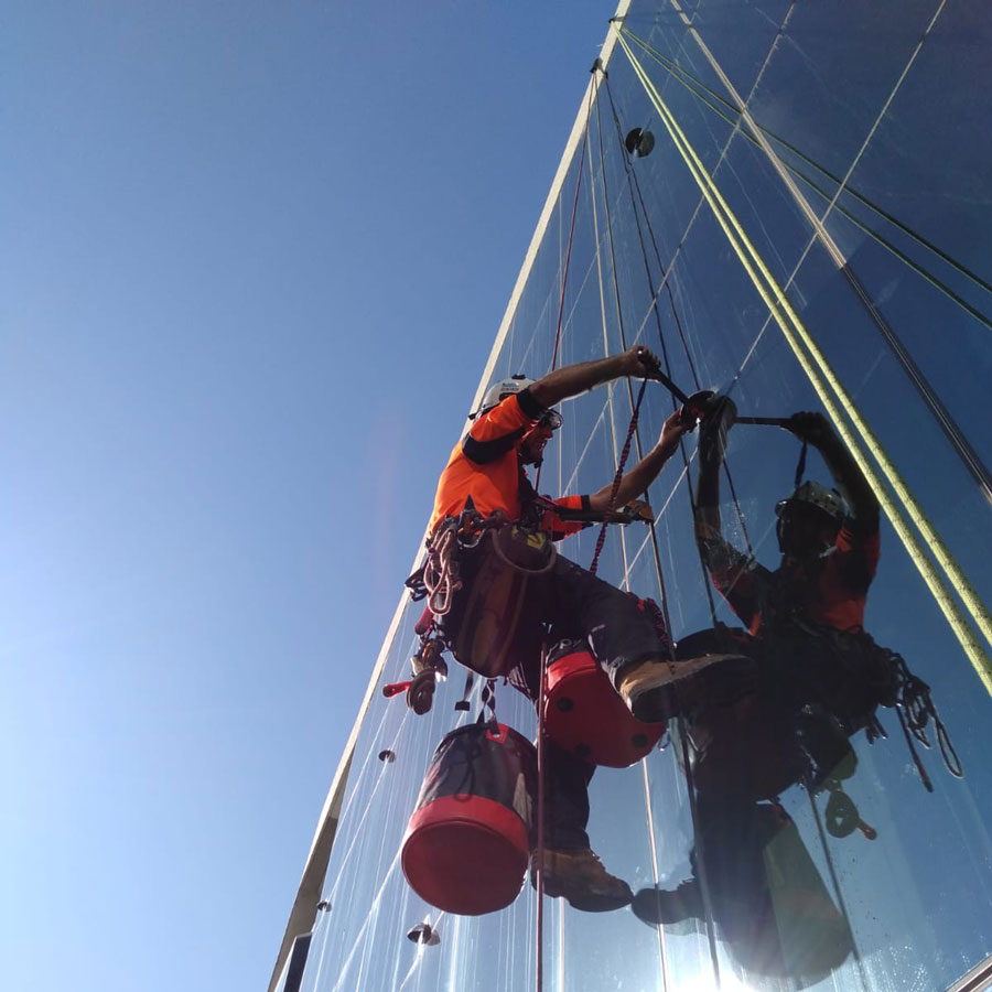 Standby Rescue - Industrial Rope Access - High Rise Building Maintenance - Rigging